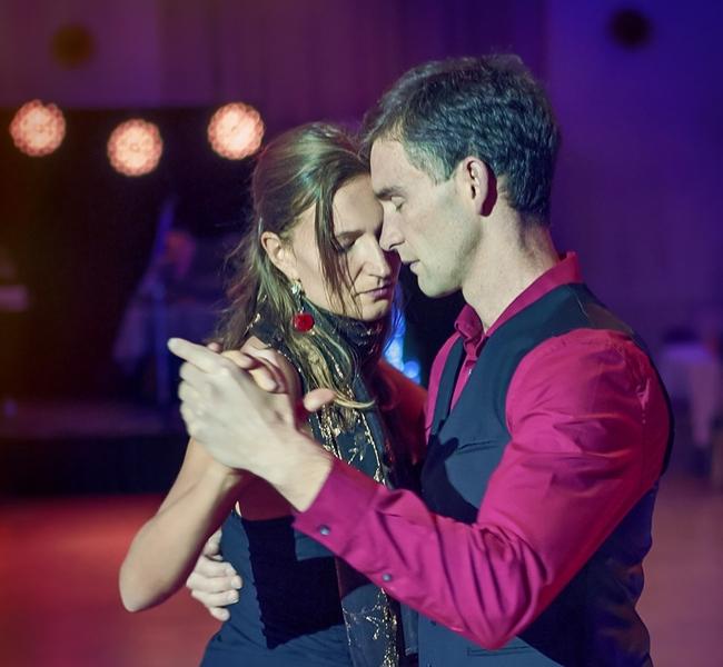 Tango šola - Mitja Drenik . Lučka Zajec - foto Boštjan Tacol - Argentinski tango